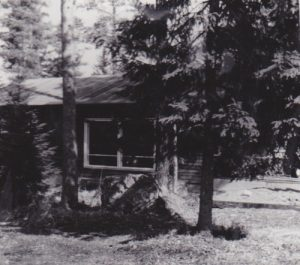 Huvila vuonna 1964.
