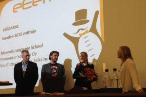 Pääsarjan palkinto on annettu. Vasemmalta Ville Venäläinen, Lauri Järvilehto, Anu Guttorm ja Piia Liikka.