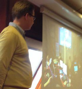 Miikka Merikanto kertoo opiskelijoita innostavista hackathoneista.